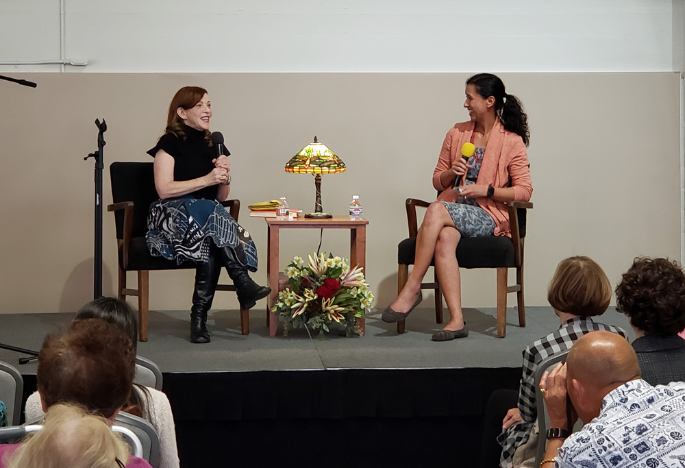 Author Susan Orlean and Ventura County Star journalist Stacie Galang chatting at the One County One Book event in November 2019